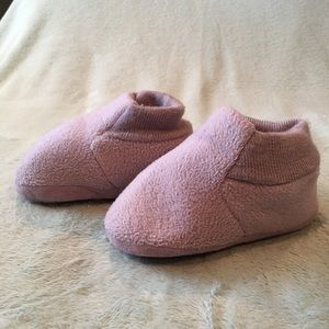 Old Navy toddler slippers
